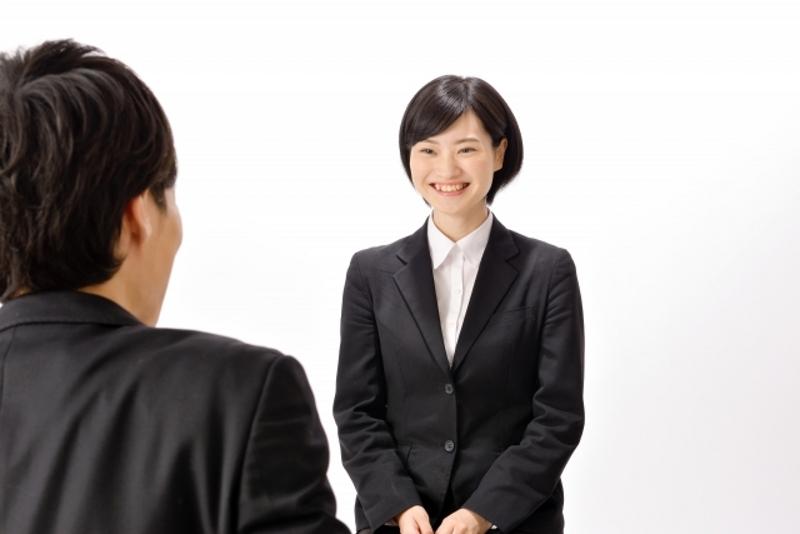 既卒面接での自己紹介の仕方のイメージ